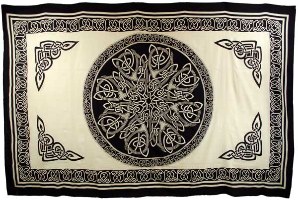 "Celtic Knot 72""x108"""